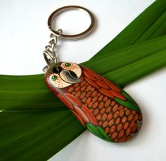 Red  and green parrot keychain by Stonesfantasies on Etsy, €10.00