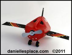 Milk Jug Airplane Craft for Kids from www.daniellesplace.com