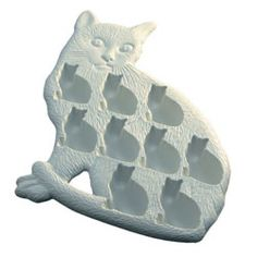 """Who DOESN'T need a cat ice cube tray?!"" Clearly everyone needs this."