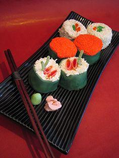More Sushi Cupcakes !!!