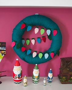 Yarn wreath with felt lights