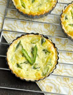 Fluffy Asparagus + Feta Quiche #breakfast #brunch