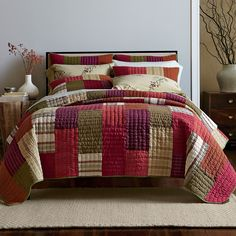 Taylor Stripe Quilt | The Company Store