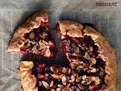 Bake: Wiejska tarta ze śliwkami