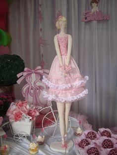 Tilda vestida de bailarina by Olho de boneca artesanato em tecido - Danih Maia, via Flickr