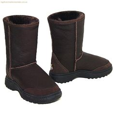Offroader Bomber Short Ugg Boots - Chocolate for just $189.29 from http://www.uggbootsmadeinaustralia.com.au bomber short, ugg boots, short ugg