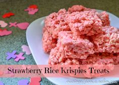Strawberry Rice Krispies treats - quick & easy #recipe, perfect for Valentine's Day - from MusingsFromaSAHM