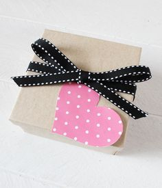 Free Printable Polka Dot Heart Tags (in 12 colors) from printablepartydecor.com #freeprintable