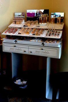 Jane Iredale Makeup Display