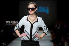 Joseph Ribkoff Jacket. Black & White. Matching dress available.