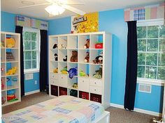 Great way for children to decorate while staying organized ~ love it!