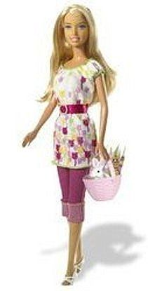 We are all familiar with the beautiful Holiday Barbies by Mattel, but have you seen the lovely Easter Barbie Dolls?