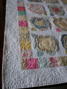 French Rose Quilt - good display of exceptional machine quilting
