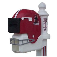 Alabama Crimson Tide Football Helmet Mailbox.