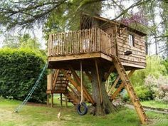 Creative Tree House Idea - Home and Garden Design Ideas