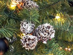 Some of the most textural, organic Christmas tree decorations can be found right outside your door. When adding clusters of ornaments to your tree, incorporate a few made from pinecones dipped in white paint. The paint adds a nice contrast while the rough texture of the pinecones themselves helps bring in an organic feel.