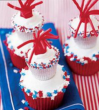 These patriotic cupcakes are a yummy addition to your July 4th celebration.