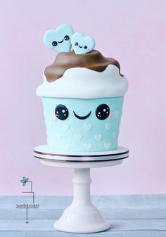 Giant kawaii cupcake