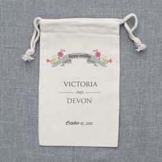custom wedding favor bags | wedding chicks