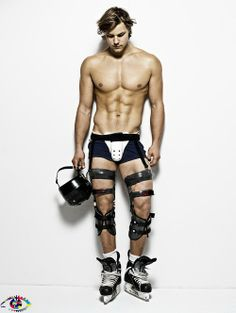 So this is what is underneath those uniforms...#GoodToKnow #HockeyHottie #HunkDay #AlexSawyerBennett
