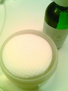 Review, Ingredients, Swatches: Arbonne Intelligence Genius Nightly Resurfacing Pads + Arbonne Intelligence CC Cream FROM BEAUTYSTAT.com