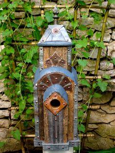 unique birdhouses | Dishfunctional Designs: For The Birds: Unique Garden Birdhouses