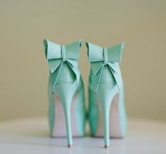 Turquoise Shoes with bows @Caitlyn Runk  I thought about you!!