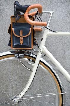Berthoud Handlebar Bag