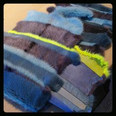 Our furrier Thea is making a beautiful scarf for the chilly spring nights. Love the colours!