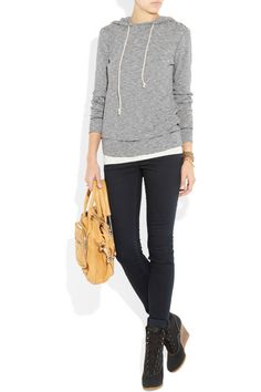 A hoodie, skinny jeans and wedge booties? Yes.