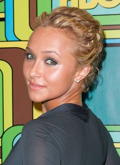 Hayden Panettieres short, blonde hairstyle