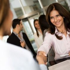 Headed to a Career Fair? How to Stand Out