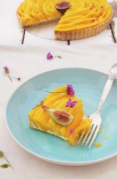 Mango  and fresh fig pie