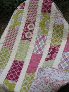 Brick Layer Quilt. Colors and pattern