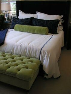 Sage, Hunter and Green Bedroom Colors and Decorating Tips - InfoBarrel - kind of color's i am doing in the master bedroom