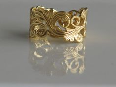 Vintage Engreved Wedding Gold Band (Etsy)