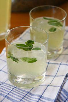 basil and vanilla vodka lemonade | london bakes