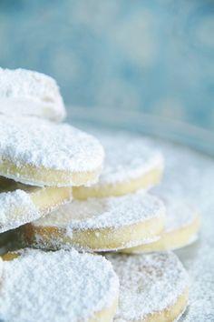 lemon shortbread cookies.  yum!