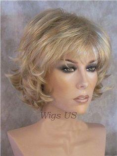 Short Wig Golden Blonde with hi-lites Choppy Layers Flip Womens Wigs ...