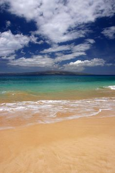 Blue Water of Big Beach - Maui, Hawaii -- I would actually get in the water at this beach!