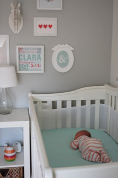 Adorable gallery wall and nursery {See more nursery ideas at projectnursery.com} #nursery #gallerywall