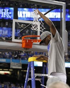 D Miller, cutting down the nets after our 8th National Championship!!! #BBN sad we won't see him in a uk uniform again