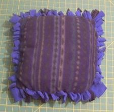 No-Sew Fleece Pillow