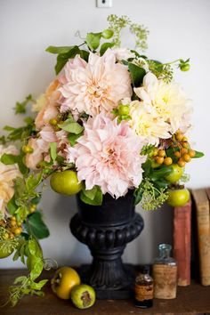 arrang idea, flower arrang, fruit, centerpiec, dahlias, black urn, bouquet flowers, floral, beauti flower