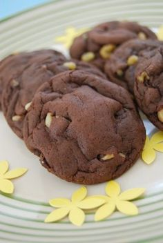 Lovin' From the Oven: Chocolate Cake Mix Cookies