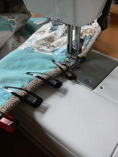 Great #sewing tip: bendy hair clips instead of pins! Genius!