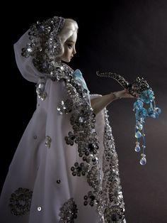 An Enchanted Doll™ by Marina Bychkova Costumed Engraved OOAK Porcelain BJD Bjd, Amazing Dolls, Daphne, Venetian Masks, Dolls Ench, Enchanted Dolls, Dools Marina Bychkova, Art Dolls, Poupee Special