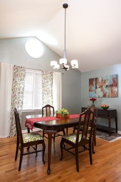 Danielle & Chip's DINING ROOM REVEAL | Buying & Selling