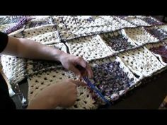How To Crochet Granny Squares together with a zigzag stitch so that the afgan lays flat.