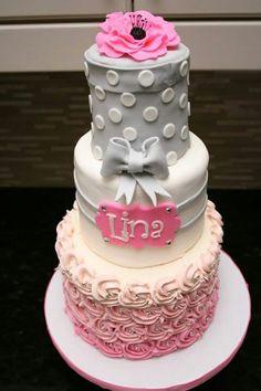 Ideal cake for girls